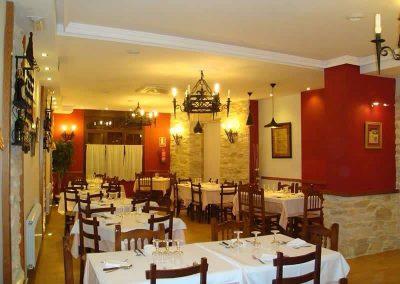Instalación eléctrica y mantenimiento en restaurante (Cuenca)